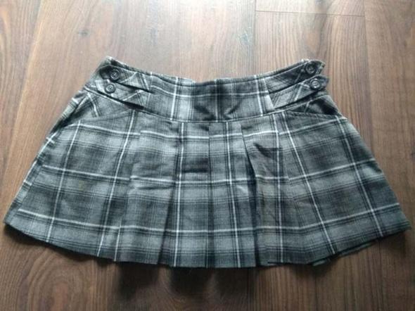 Spódnica krótka kratka plisowana Clockhouse C&A S 36...