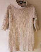 Beżowa sukienka tunika pikowana