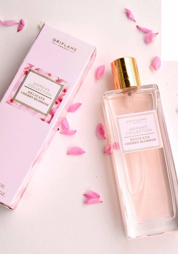 Perfumy Woda toaletowa dla niej Womens Collection Delicate Cherry Blossom