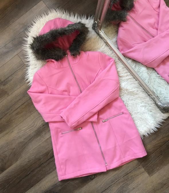 Bonprix Różowy elegancki płaszczyk z kapturem z futerkiem nowa rozm M