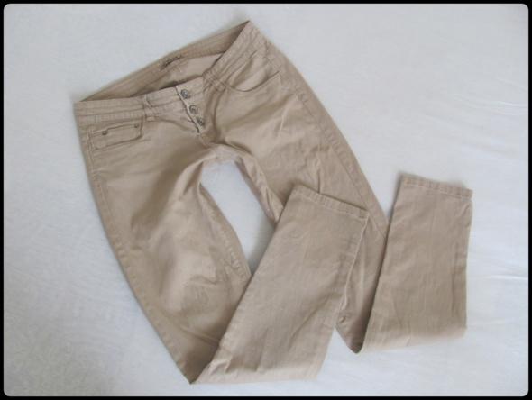 Terranova spodnie damskie beżowe rozmiar M...