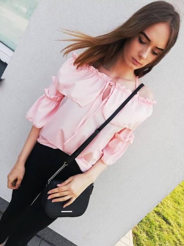 Bluzki Bluzeczka hiszpanka sznurowana pudrowy róż mega