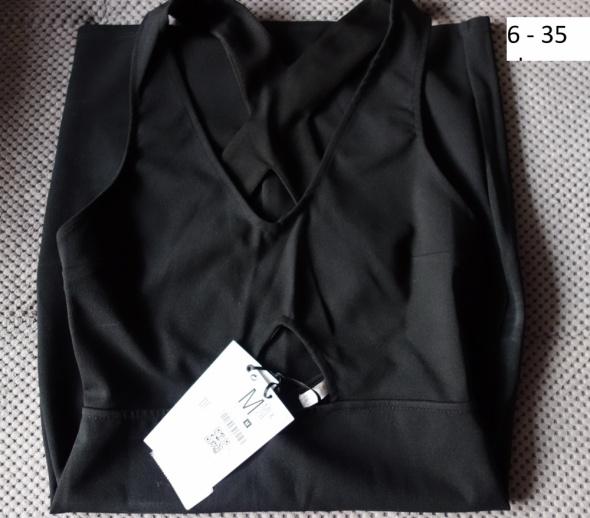 Seksowna Czarna krótka sukienka Bershka rozmiar M...