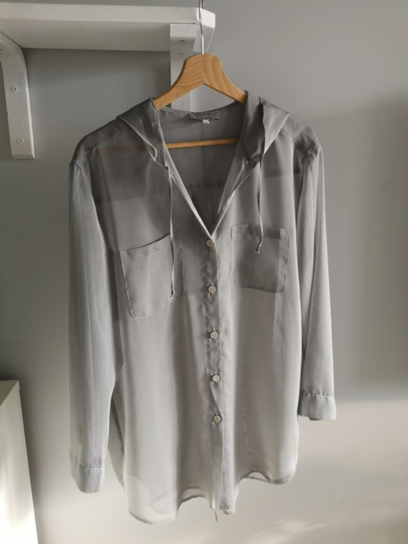 Luźna bluzka narzutka mgiełka kaptur S M L oversize