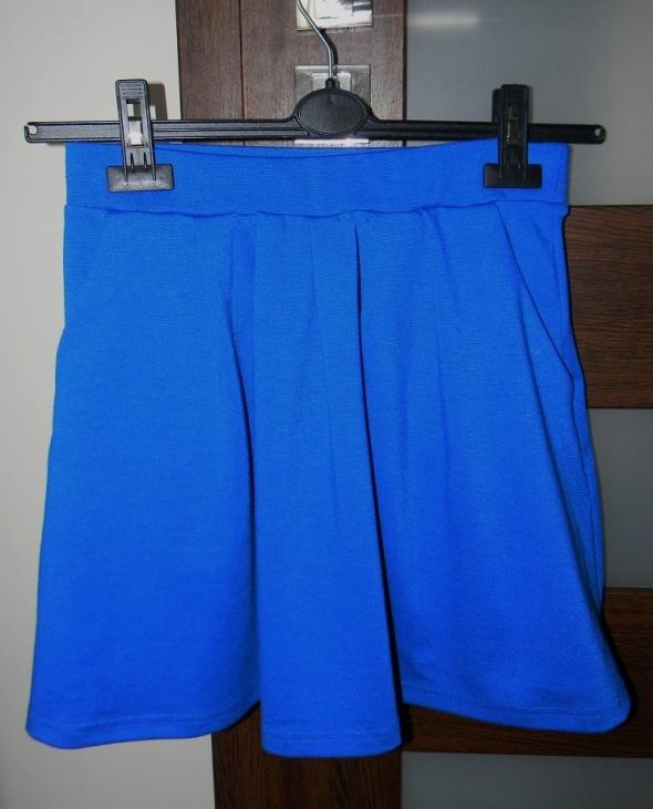 Spódnice Super spódniczka niebieska rozkloszowana