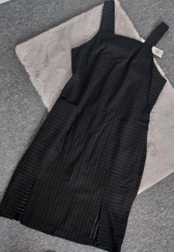Sukienka na szelkach paski F&F L