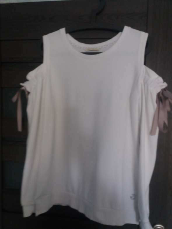 Biala bluza