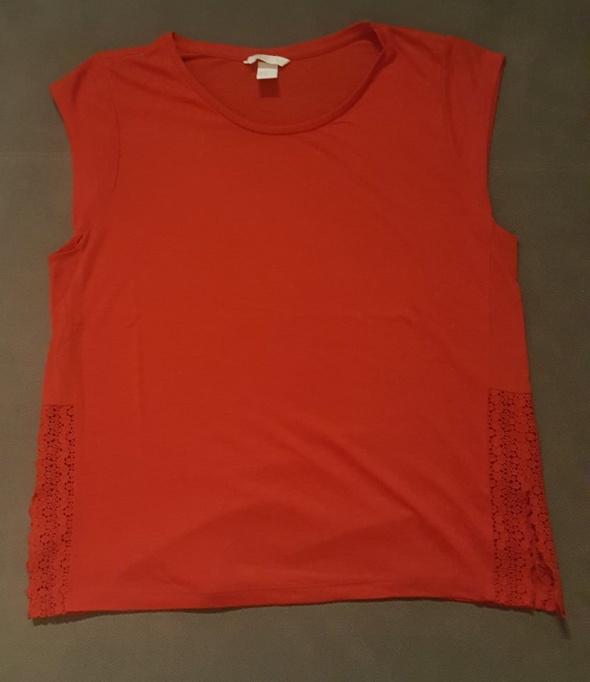 Czerwona bluzka...