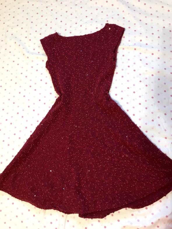 sukienka bordowa Atmosphere 34 XS rozkloszowana błyszcząca