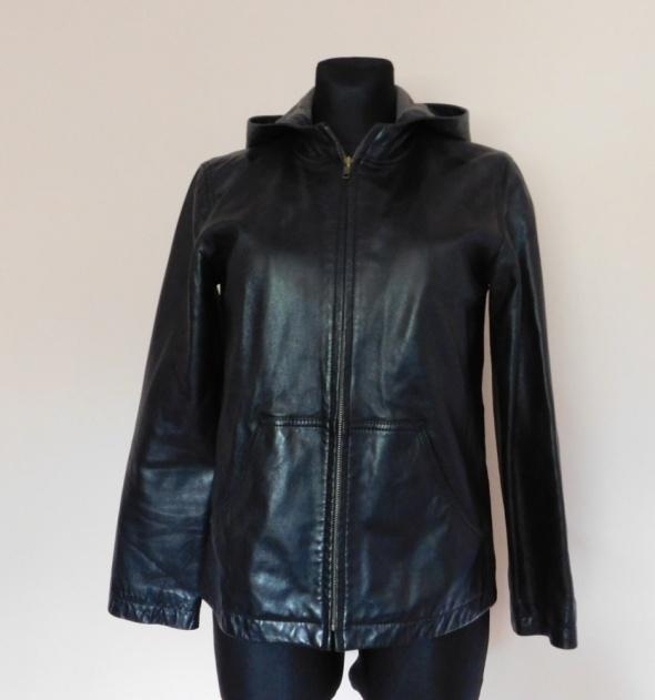 Gap czarna kurtka z kapturem skóra 40