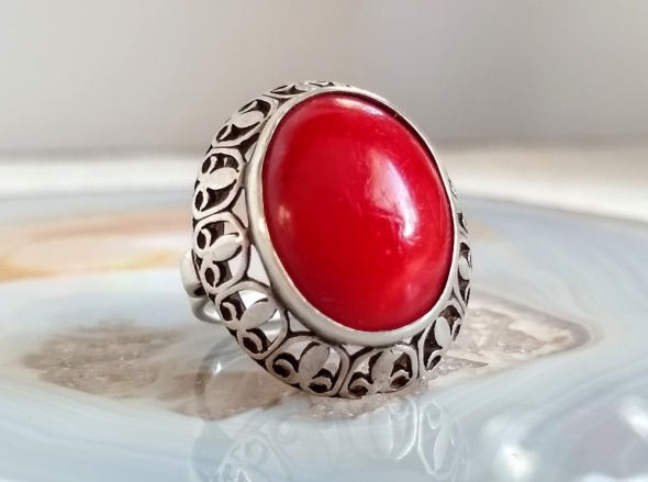 Stary srebrny pierścionek lilijki warmet koral