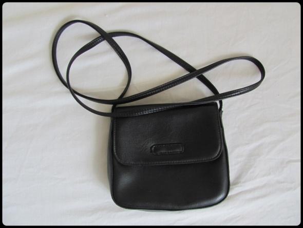Marks & Spencer malutka torebka torebeczka na pasku