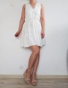 Biała krótka sukienka 38...