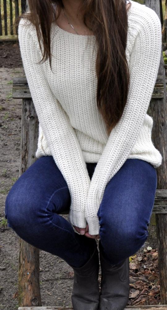 Beżowy sweter z zamkami NEW YORKER