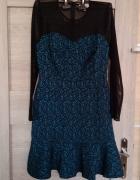 Sukienka z falbanka...