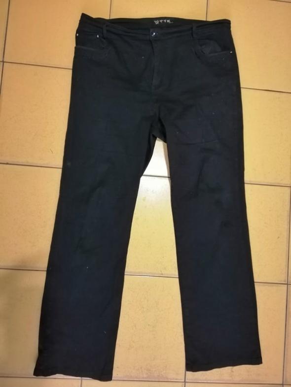 Czarne spodnie 46 48