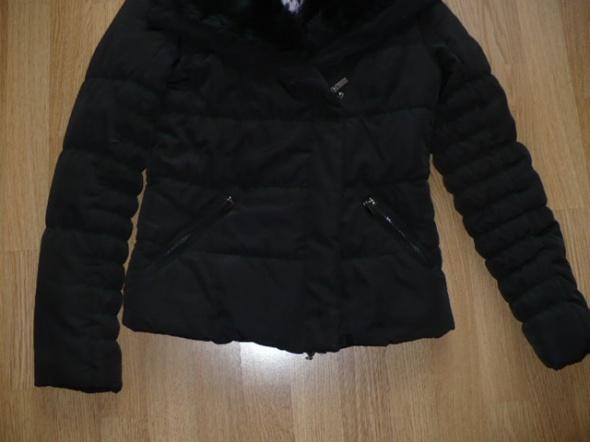 Piękna czarna kurtka kołnież fuerkowy odpinany