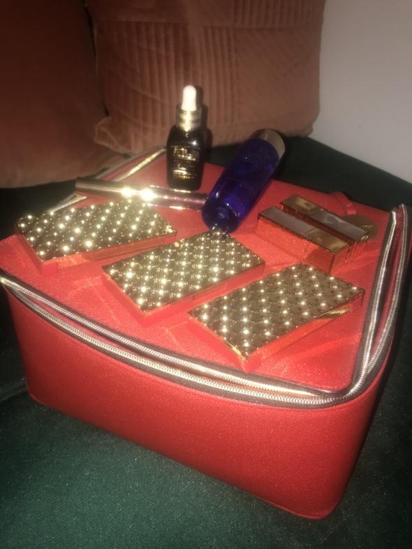 Nowy zestaw Estee Lauder z kuferkiem