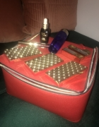 Nowy zestaw Estee Lauder z kuferkiem...