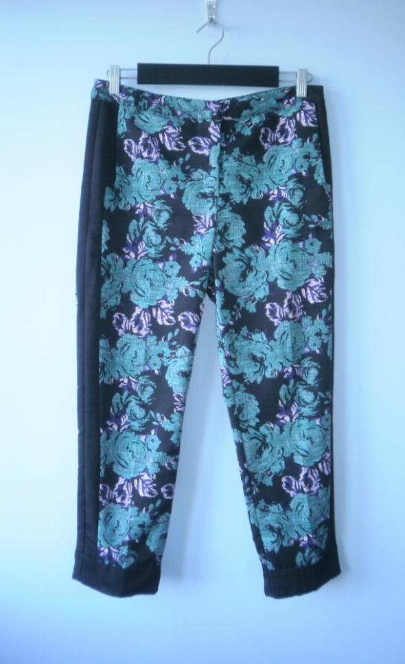 Topshop eleganckie floral cygaretki róże wzory
