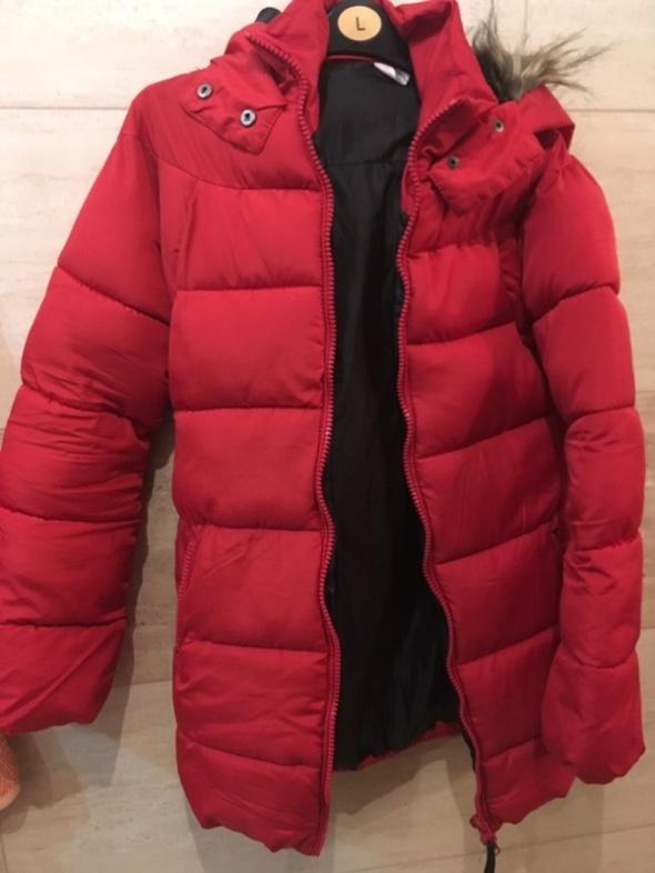 czerowna kurtka zimowa 36 S