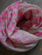 modna apaszka w różowe kropki...