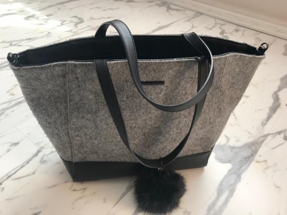 duża torba czarna Reserved A4