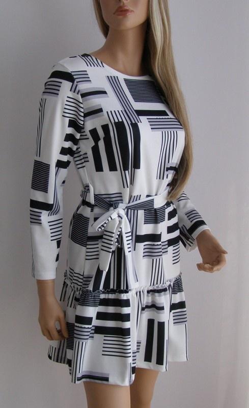 sukienka w asymetyczne paski S M falbana