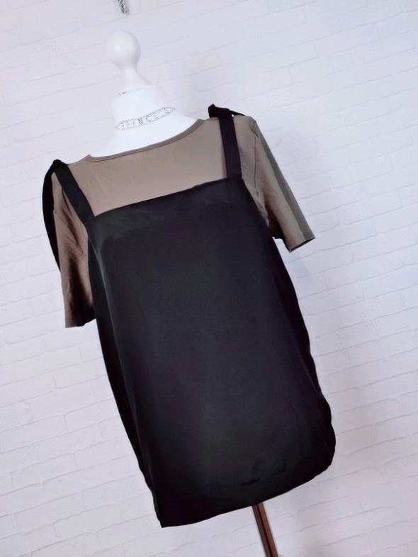 12 40 L Marks&Spencer Khaki Czarna bluzeczka...