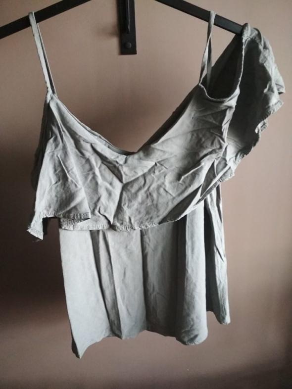 Bluzki Bluzka khaki L z odkrytymi ramionami