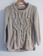 Sweter ze splotem Zara...