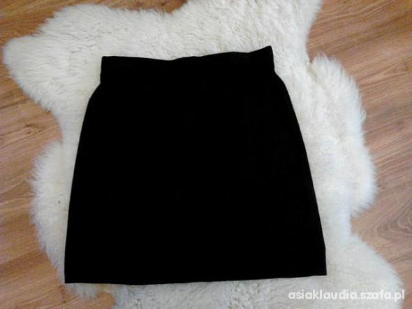 Spódnice Czarna klasyczna spódnica