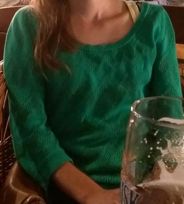 ażurowy zielony sweterek stradivarius 38...