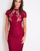 Sukienka Girl In Mind Layla Floral Aplique Lace Bordowy 38...