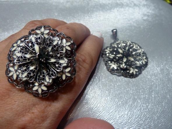 pierścionek Apart cz kompl