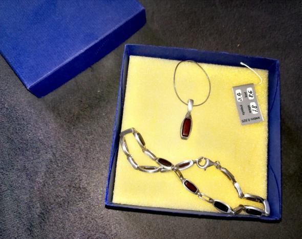 Nowy Srebrny komplet biżuterii próba 0925