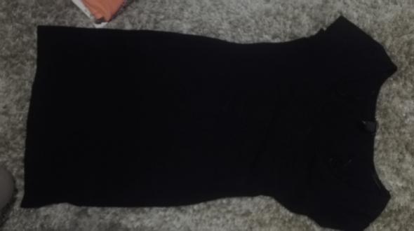 Czarna ołówkowa sukienka