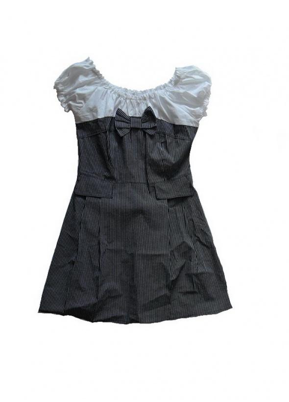 Nowa sukienka rozkoszowana 40