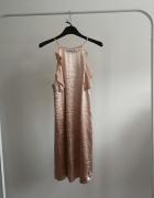 Sukienka metaliczna pudrowy róż morelowa Mango...