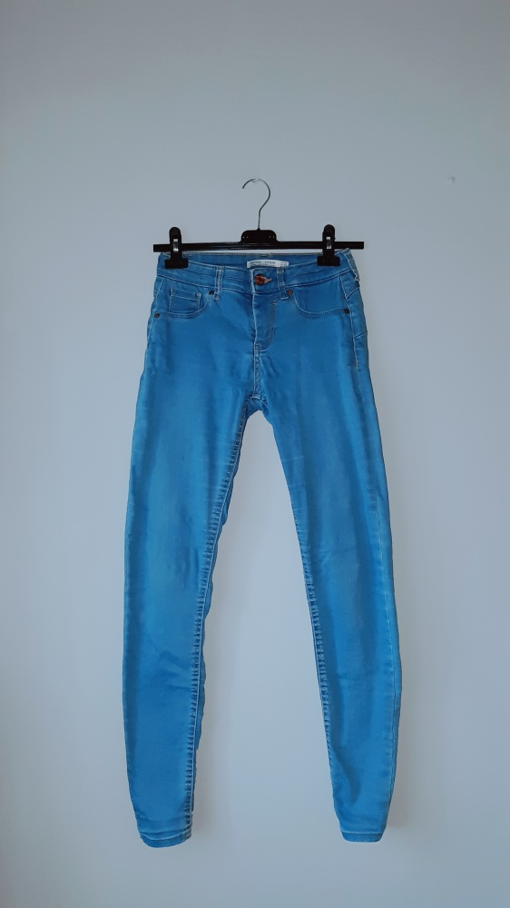 Spodnie jeansy rurki bershka xa
