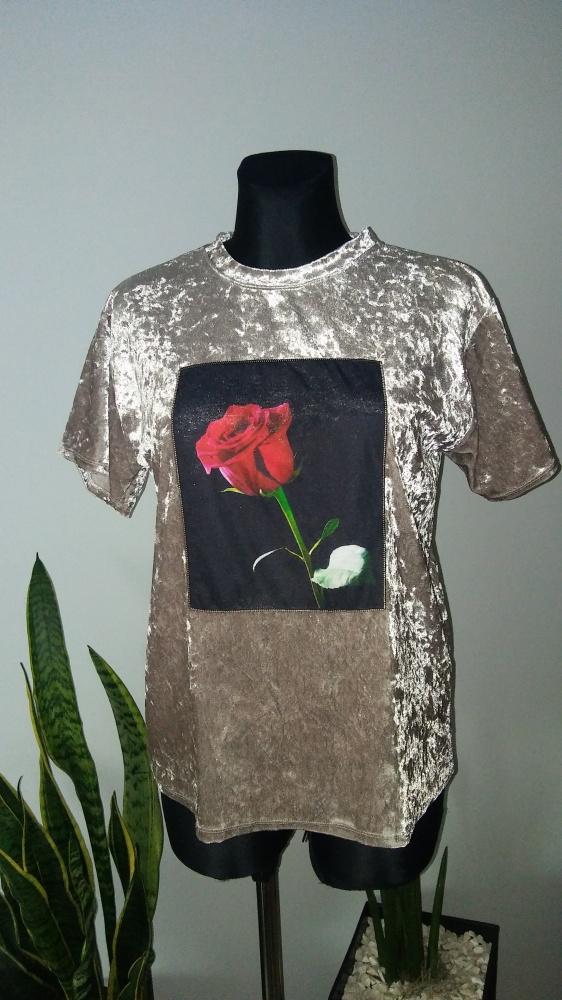 Welurowa bluzka róża