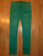 zielone jeansy...