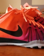 Buty Nike WMNS Free TR 6 Spectrum...