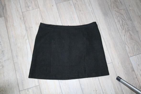 Spódnice Cieplutka spódniczka z zamkiem roz 48