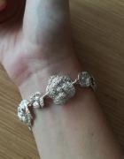 Różana srebrna bransoletka i zawieszka na łańcuszek...