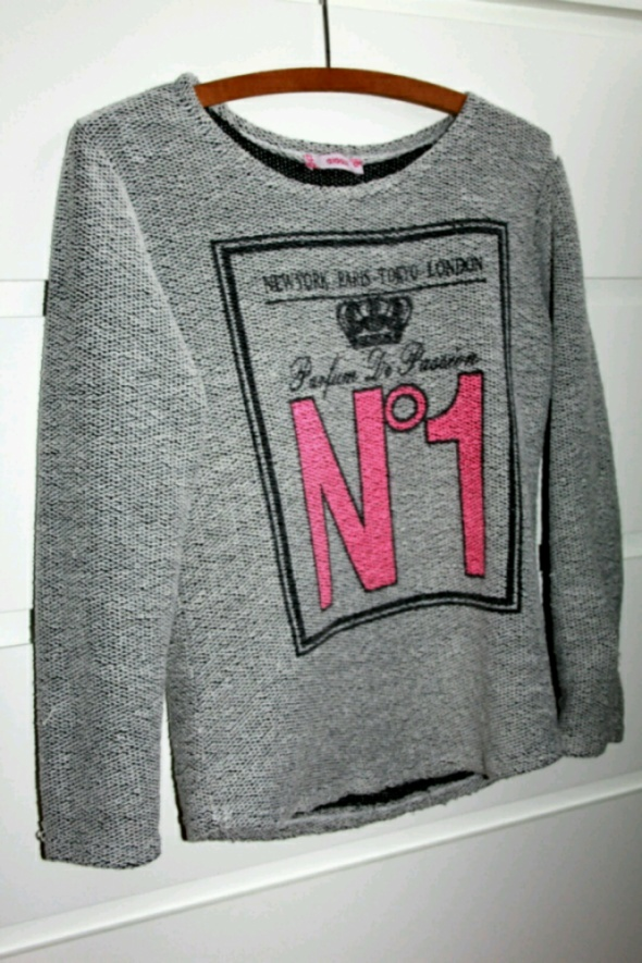 świetna bluzeczka sweterek modny