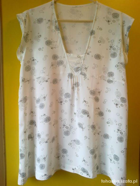 Biała bluzeczka 42