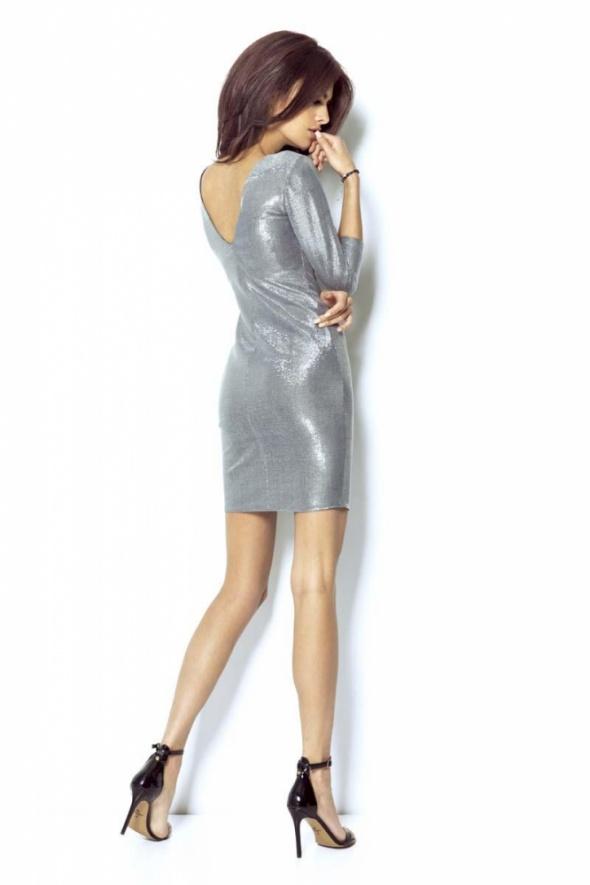 Srebrna brokatowa sukienka Imprezowa z Dekoltem na Plecach