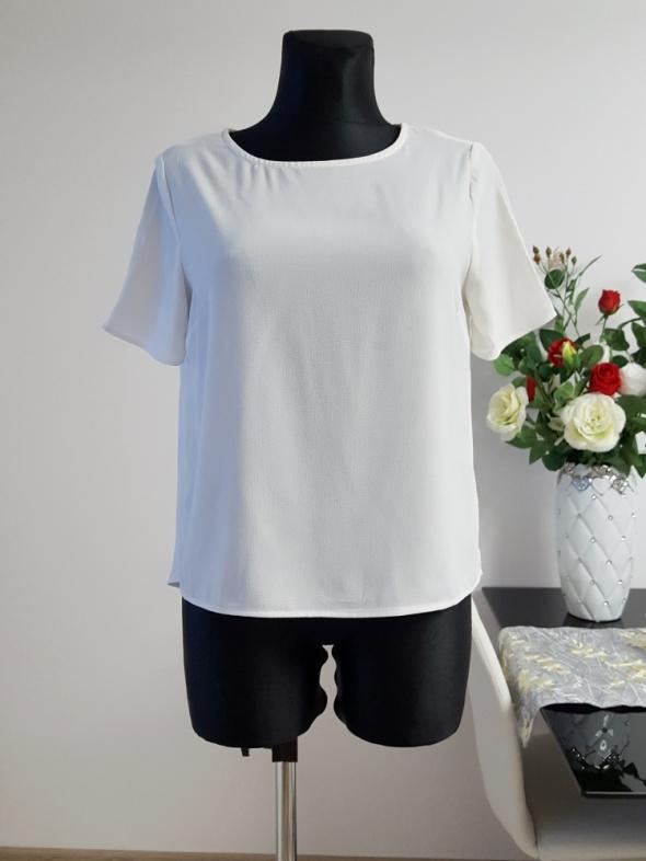 biała bluzka New Look...