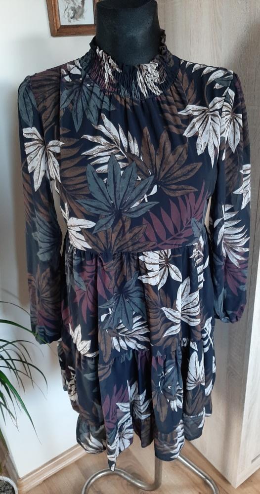 Sukienka w jesienne liście r uniwersalny